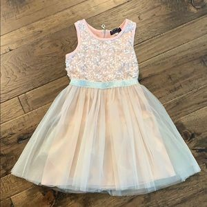 NWOT, never worn, BEAUTIFUL girls dress, size 8!!!